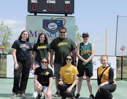 Local Baseball Teams Volunteer